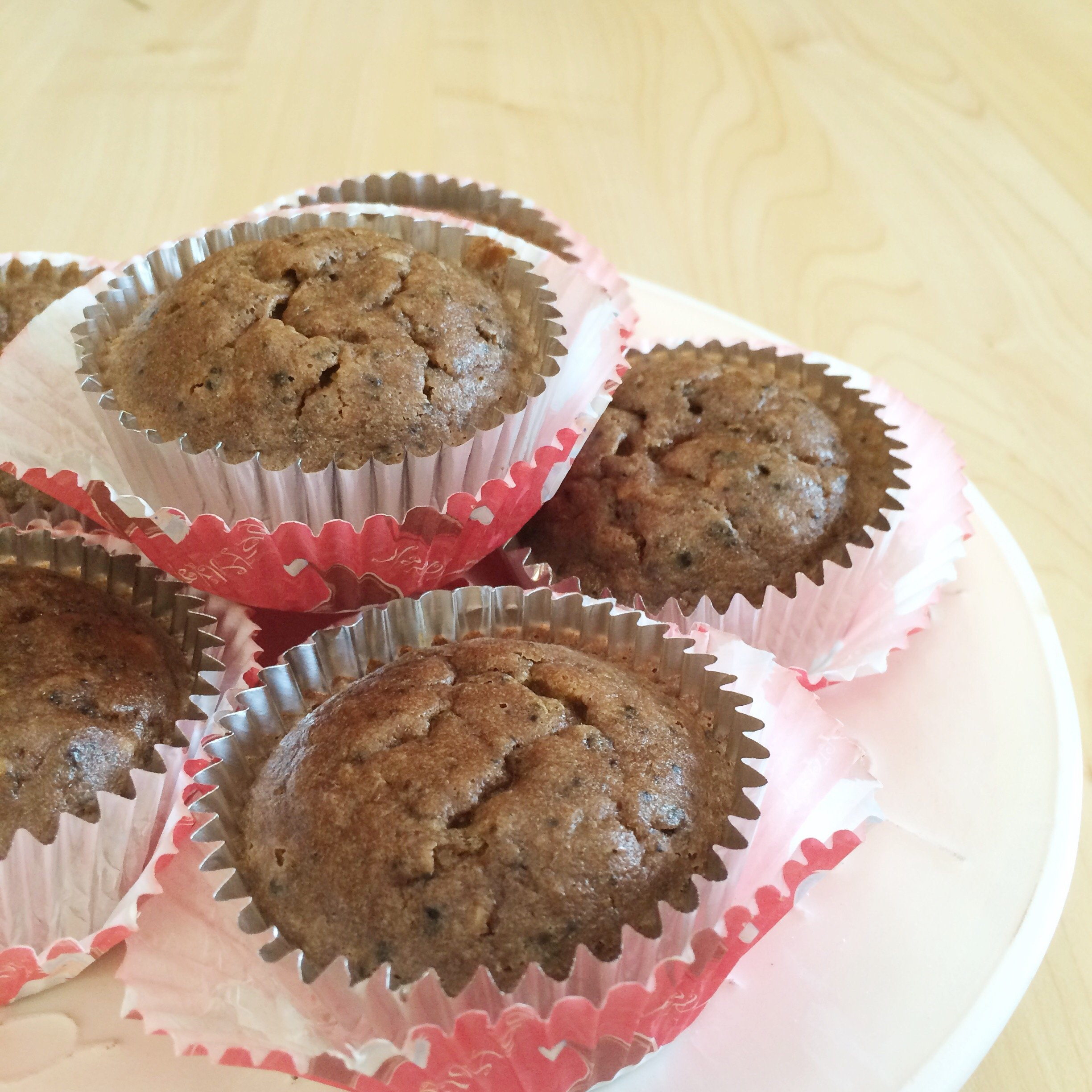 Peppermint Chocolate Low Carb Cupcakes | A delicious and easy holiday treat for your LCHF, atkins and sugar free friends!