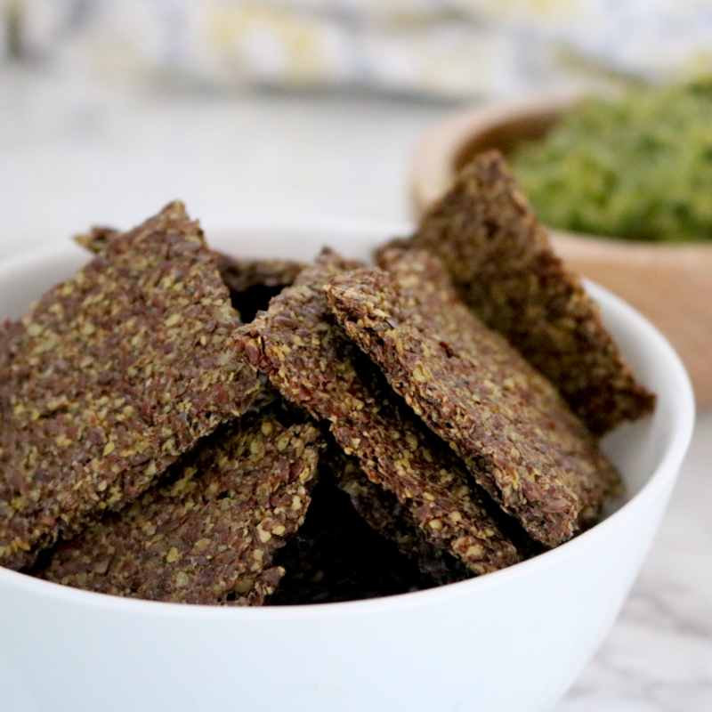 Vegan Keto Flax Crackers | Meat Free Keto - These vegan keto flax crackers are super low carb and high in omega-3 fatty acids, fiber and protein. They're the perfect snack for when you want something crunchy.