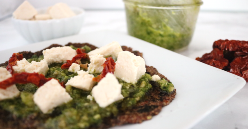 Low Carb Vegan Pesto Flatbread | Meat Free Keto - If you're looking for a flavorful, keto dinner option, look no further than these low carb vegan pesto flatbreads!