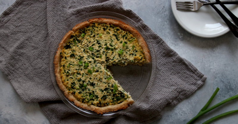Vegan Keto Spinach Pie | MeatFreeKeto.com - This gluten-free, nut-free low carb vegan spinach pie is a delicious keto-friendly combination of quiche and spanikopita.
