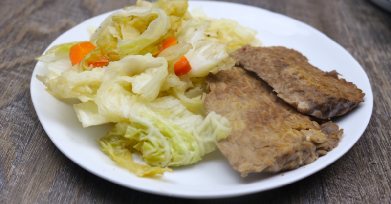 """Gluten Free Low Carb Vegan Corned """"Beef"""" & Cabbage 